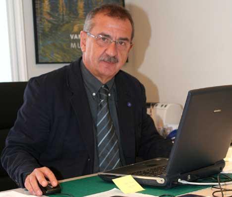 Carlos hernández Pezzi Presidente de CSCAE
