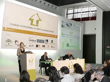 Concepción Gutiérrez del Castillo, Consejera de Obras Públicas y Transportes y Presidenta de Ferrocarriles de la Junta de Andalucía
