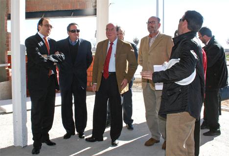 Reunión en las instalaciones de Ajusa en el polígono Campollano