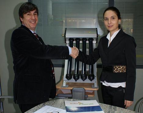 Neli Niñerola, Directora General de Wolss Sunrain, y Joan Mercadé Poblet, Secretario General de la APPCE