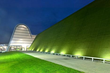 """3er Premio compartido: """"PLIEGUES"""", obra del arquitecto Javier Pérez Uribarri."""