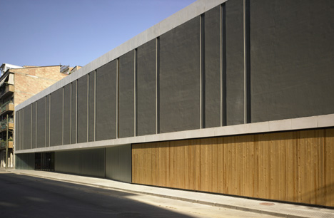 "3er Premio compartido: ""BATTÍS CAFFÓ"", obra del arquitecto Jordi Badia."