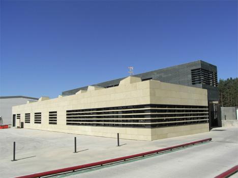 Mención de Honor: Edificio de I+D+i de Areniscas de los Pinares en Vilviestre del Pinar (Burgos)