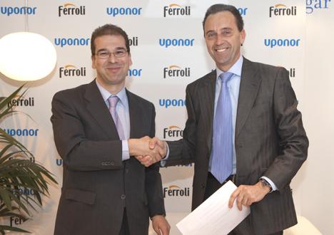 Ángel López, Director General de Uponor para España y Portugal y Javier Carretero, Consejero Delegado del Grupo Ferroli en España