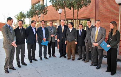 Foto de grupo de la firma del convenio de CEIM