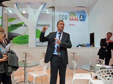 Luis Crespo, Director de Carrier España y Portugal, en la presentación en Climatización 2011