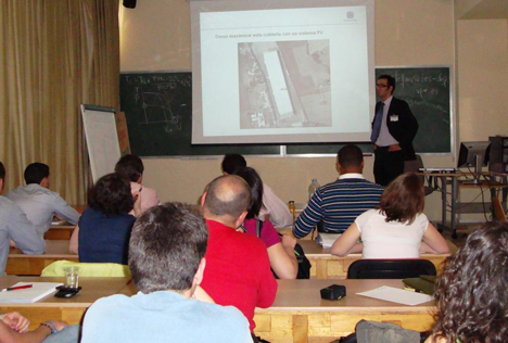 Jesús Prieto, Responsable de Producto de Conergy España, en el curso de Energía Solar Fotovoltaica de CIEMAT
