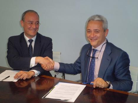 Alberto Echevarría, presidente de FED, y César Rey, director del departamento de gestión energética de Efirenova