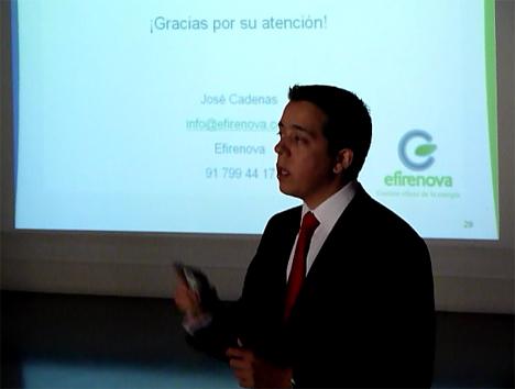 José Cadenas, de Efirenova, se centró en la optimización energética en iluminación en centros comerciales.