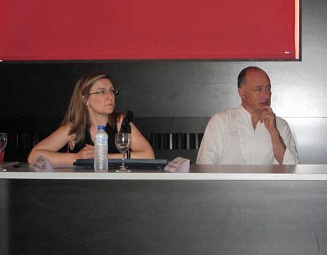 Inés Leal, Directora de CONSTRUIBLE, e Ignacio Valero, Profesor de la ETSAM, durante el desarrollo de la jornada.