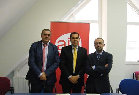 Representantes en la firma del acuerdo