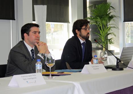 Carlos García, Arquitecto, durante su ponencia.