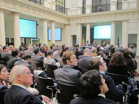 Presentación del Informe de Greenpeace en la sede de la Cosión Nacional de la Enrgía
