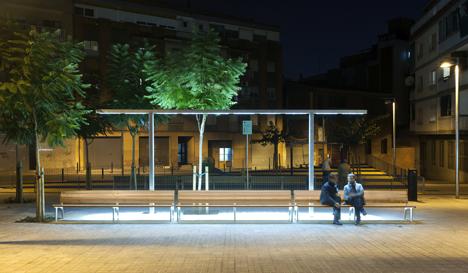 Plaza Torrassa en Hospitalet, iluminada por LAMP, Xavier Bustos, arquitecto socio del estudio XNF Arquitectes
