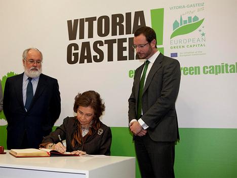 Acto de Inauguración oficial de la año de la Capital Verde Europea, presidido por S.M. la Reina Dña. Sofía en el en el Palacio Montehermoso (Fotografía: Quintas, Fuente: Ayuntamiento de Vitoria-Gasteiz)