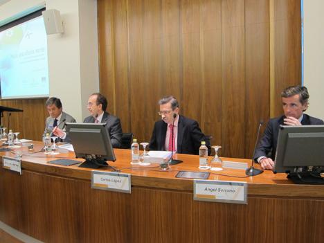 Carlos lópez Jiméno en la presentación de la Encuesta Encuesta sobre la situación ambiental de las oficinas en España