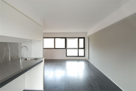 Interior de una vivienda en el Campus de Girona, Compact Habit