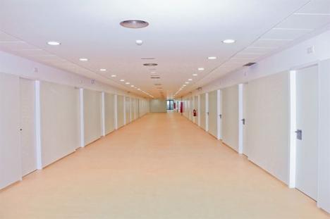 Interior consultas externas Hospital Josep Tureta de Girona, Compact Habit