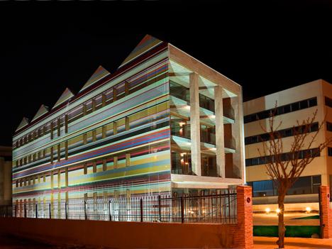 Edificio FBAl, fachada oeste y sur