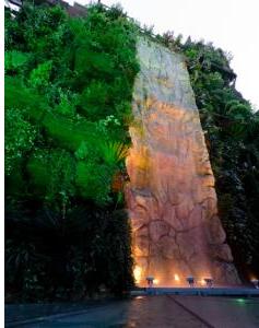 Jardín Vertical, en el hotel Santo Domingo de Madrid