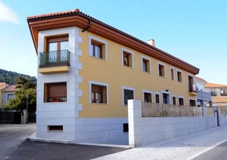 La instalación de climatización geotérmica premiada se ha realizado en un bloque de ocho viviendas en el municipio de Moralzarzal
