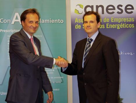 Firma del acuerdo entre ANESE y ANDIMAT