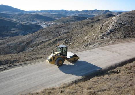 Cemex, camino rural terminado