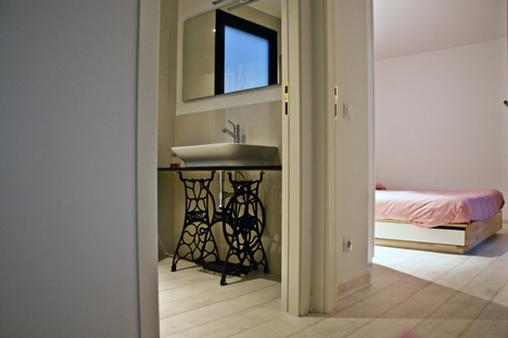 Casa Menta, Infiniski, interior