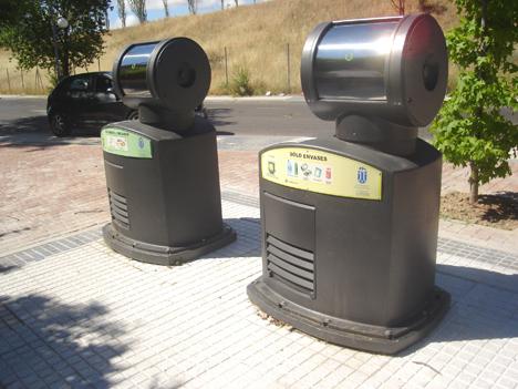 Buzones de recogida neumática de residuos de Envac en Majadahonda