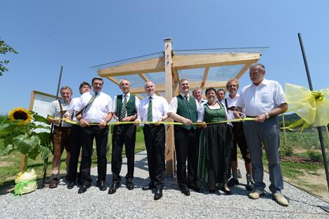 Equipo de KWB en la inauguración del Jardín de la Energía