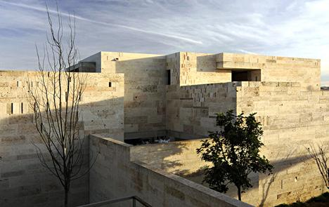 Ganador del premio Poraxa de Arquitectura Sostenible, Laboratorio experimental de construcción con piedra de marés del arquitecto Carles Oliver