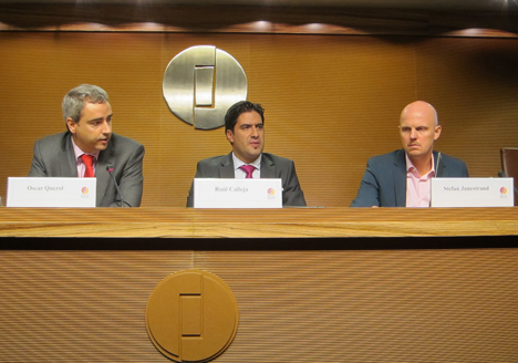 De izquierda a derecha: Oscar Querol, director técnico de AFME, Raúl Calleja, director de MATELEC y Stefan Junestrand, Director General de Grupo Tecma Red, en la rueda de prensa