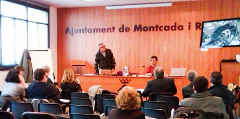 Representantes del Ayuntamiento de Montcada i Reixac, del Parc Natural Serra de Collserola, de Lafarge y de numerosas entidades locales han celebrado el segundo encuentro para debatir el futuro uso público, educativo y medioambiental del Turó de Montcada