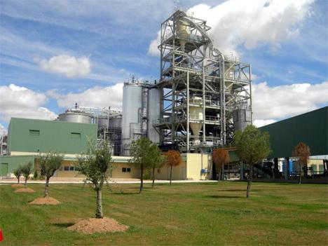 La planta de tratamiento de residuos solidos urbanos de Abengoa, ubicada en Babilafuente (Salamanca)
