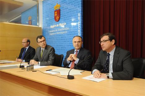 José Ballesta presenta el VII Premio Emprendedor XXI