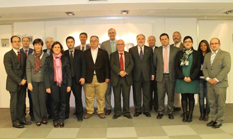 Foto de grupo de los vocales del Subcomité Técnico de Normalización de AENOR de Gestión de Proyectos (AEN/CTN 157/SC 1), tras asistir a la reunión del pasado viernes, 5 de abril
