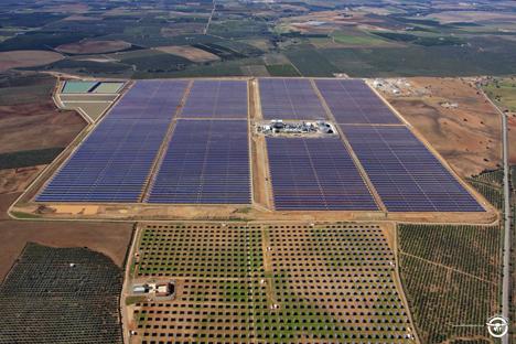 Nueva planta termosolar La Africana, inaugurada recientemente en la provincia de Córdoba
