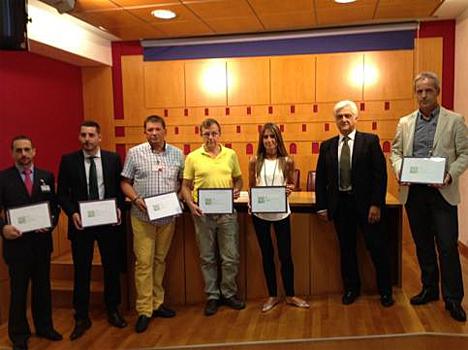 Miembros de EPDG, —empresa que ha realizado el estudio— y del ayutamiento en la presentación