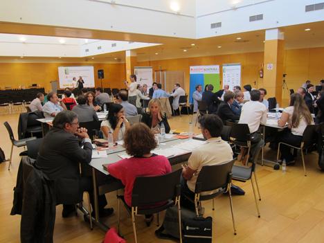Mesas de trabajo en II Workshop de Edificios de Energía Casi Nula