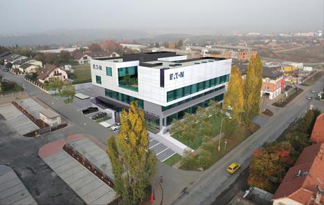 Nuevas instalaciones de Eaton para facilitar la rápida expansión de su Centro Europeo de Innovación en Praga, que abrió sus puertas en 2012