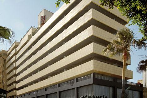 La rehabilitación de la fachada del hotel San Diego, en Palma de Mallorca