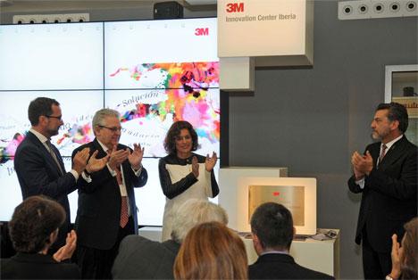Ana Botella en la inauguración del Centro de Innovación 3M