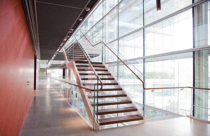 banco popular escalera