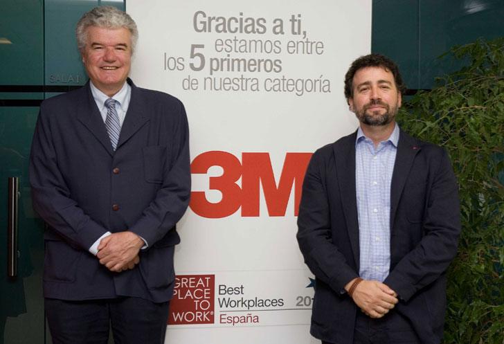 De izda a dcha.: Javier Cuesta, presidente de la Fundación 3M, y Pedro del Cura, alcalde de Rivas
