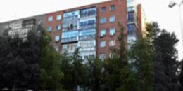 Estudio de sistemas constructivos de fachada de bloques residenciales en Madrid. Soluciones constructivas y viabilidad económica para rehabilitación