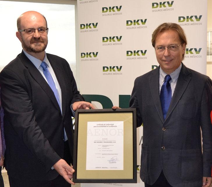 La entrega oficial de la certificación ha tenido lugar en la Torre DKV
