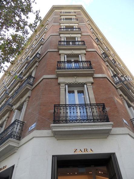 Nueva tienda de Zara situada en  el número 23 de la calle Serrano, en Madrid.