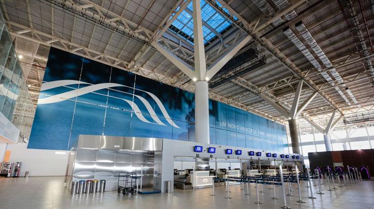Lucernarios fotovoltaicos de Onyx Solar en el Aeropuerto de Viracopos