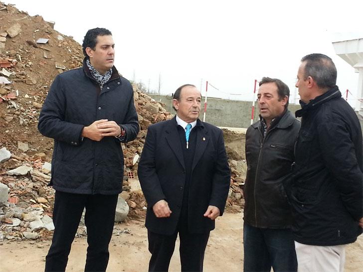 """El delegado de la Junta de Castilla y León en Zamora, Alberto Castro, ha inaugurado la nueva planta de reciclado de Residuos de Construcción y Demolición (RCD's) """"Áridos Fresno"""" en Coreses"""