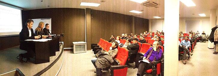 Presentación del Proyecto Oikos en Vitoria